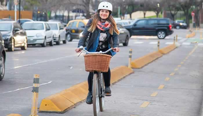 Lanzan circuitos turísticos para recorrer el barrio en bicicleta